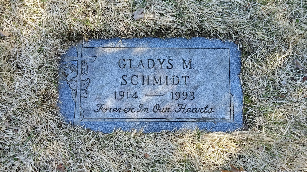 Grave marker for Gladys Schmidt at St Catherine Cemetery