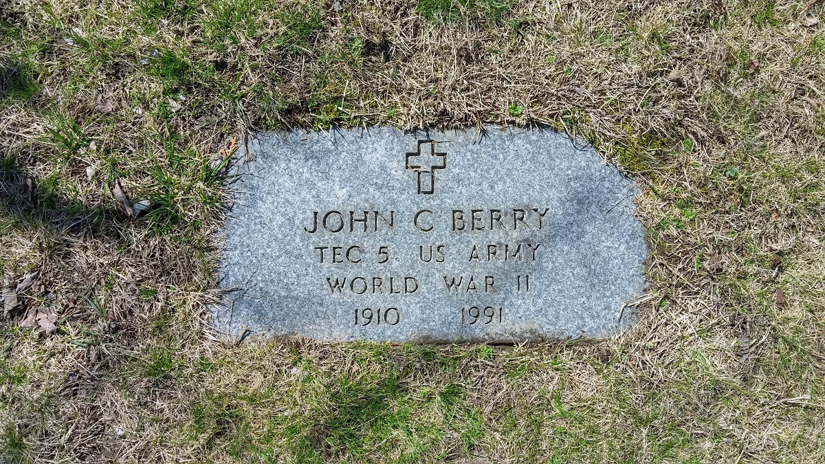Grave marker for John Berry at St Catherine Cemetery