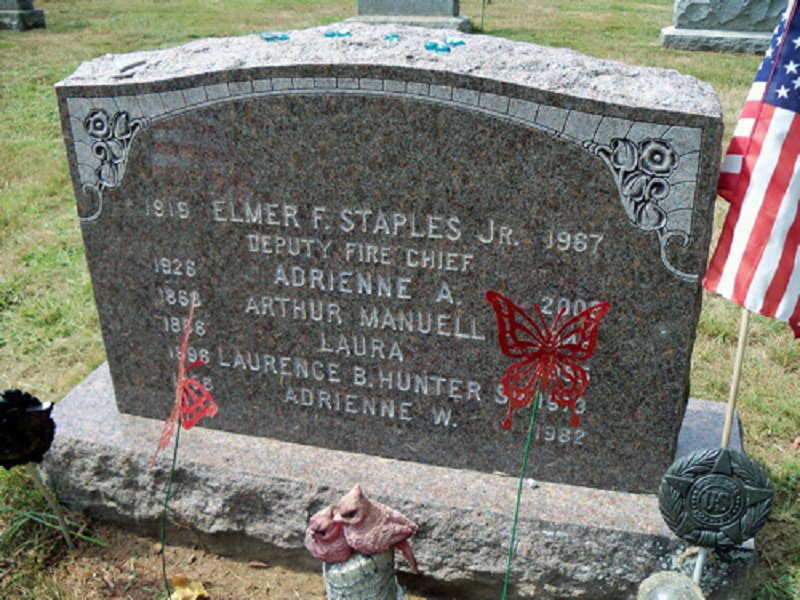 Headstone of Laurence and Adrienne Hunter